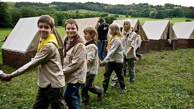Skauti pořádají nejvíce táborů v Česku. Letos na nich léto stráví téměř 30  tisíc kluků a holek - ADAM.cz d82440c25e